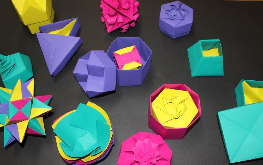 スキンの折り紙